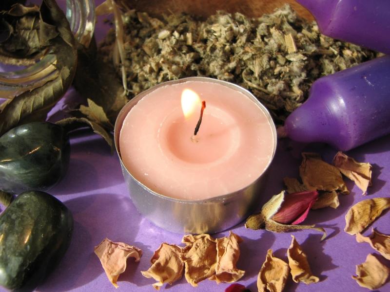 Ритуал выращивания денег на молодой месяц